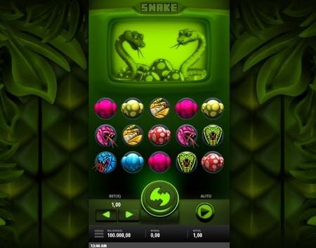 online snake spelen screenshot